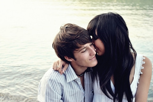 Awesome-Romantic-love-couple-pics-for-facebook-WhatsApp-DP