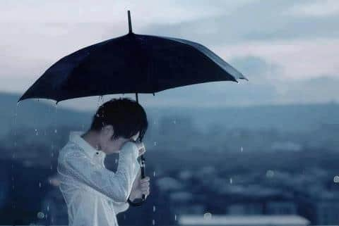 Crying-Boy-Sad-Miss-You-WhatsApp-DP-Breakup-Profile-Pictures