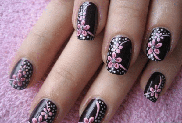 Creative-Nail-Art-Dseign-Ideas-for-Short-Nails