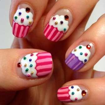 Cup-cake-nails-designs