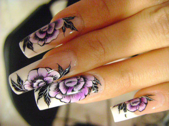 Flower-Nail-Designs-for-Cute-Nails