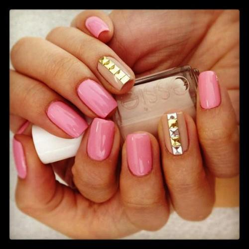 Simple-Nail-Art-Designs-Shorter-Nails