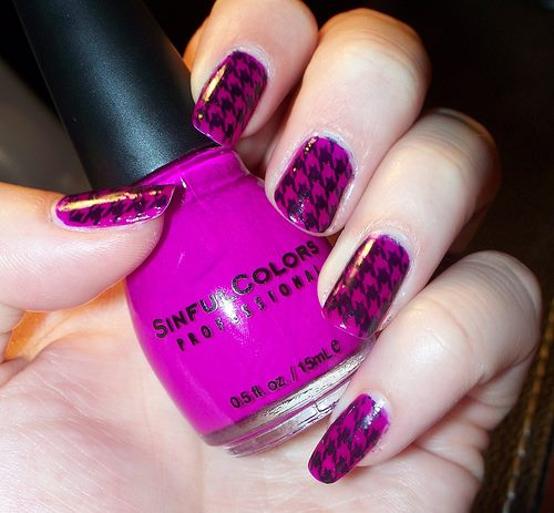 Two-Colors-Nail-Designs-Art