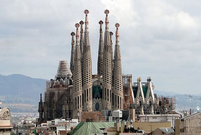 Sagrada_Familia Barcelona - Greatest Churches in the World