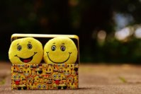 10 Best Emoji Apps to Get Extra Emoticons for Android and iOS
