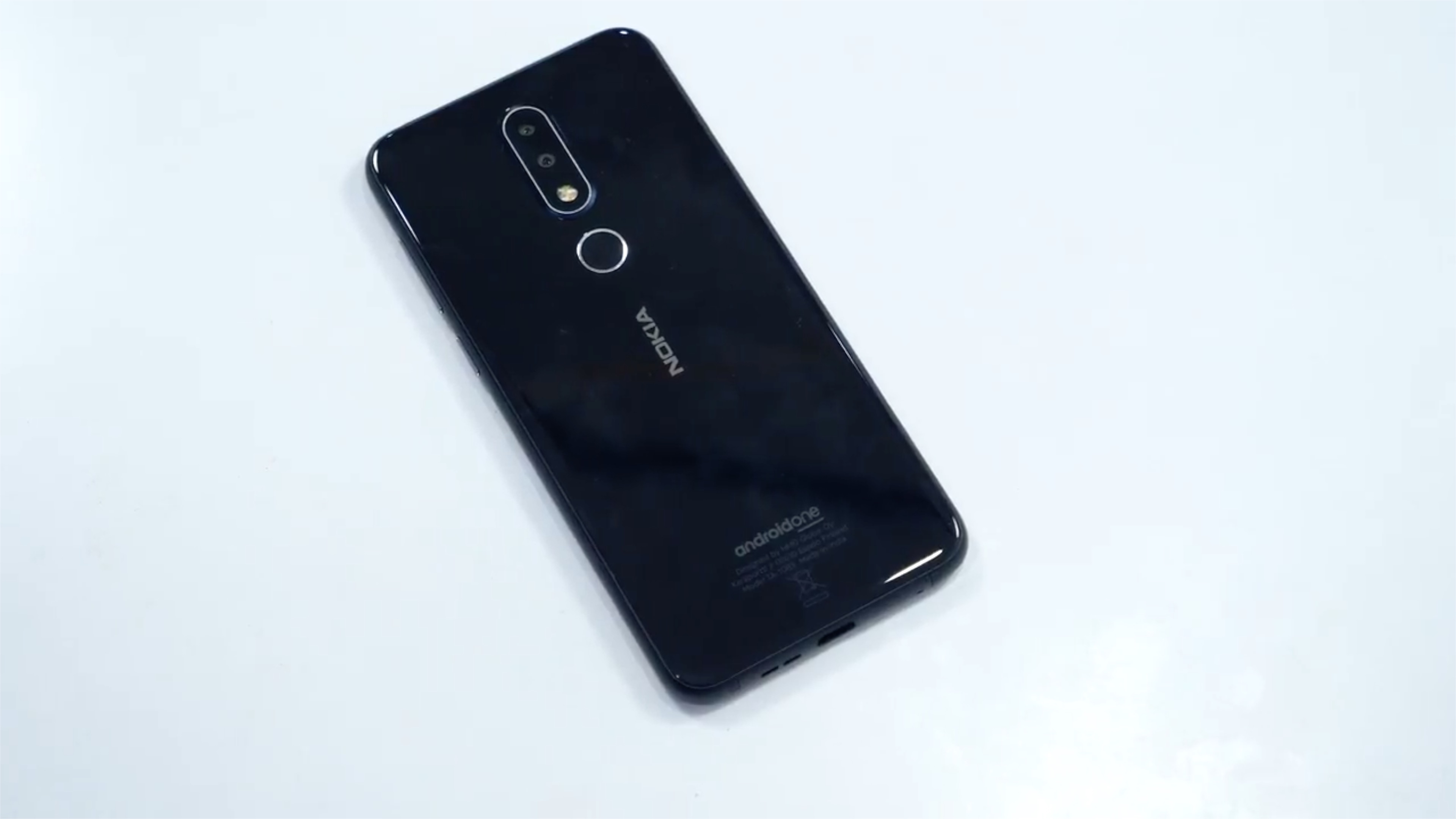 Nokia 6.1 Plus Camera Bump Review and Unboxing